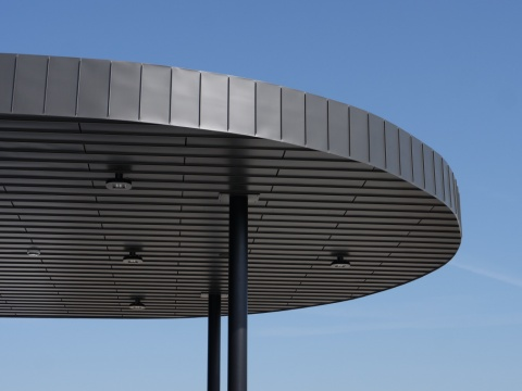 Zinc toiture station-service